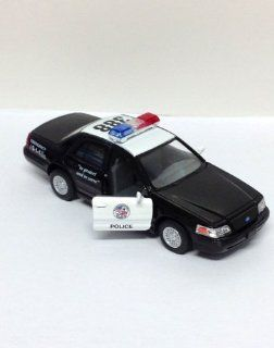 Die Cast Pull Back Action 388 Black Ford Crown Victoria Police Interceptor Car w/ Open Doors: Toys & Games