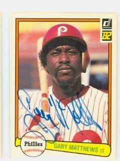 Gary Matthews AUTO 1982 Donruss #441 Phillies: Sports Collectibles