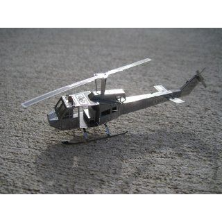 Fascinations MetalEarth 3D Laser Cut Model   Huey UH 1 Helicopter: Toys & Games