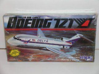 "MPC ""Delta Airlines Boeing 727"" Plastic Model Kit"