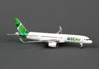 Phoenix Equatoral Congo 757 200W 1/400 REG#HB JJD   Airplane Model Building Kits