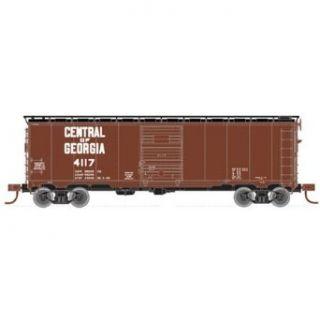 Atlas Central of Georgia (1960s) #41171932 ARA Box N Scale Freight Car: Toys & Games