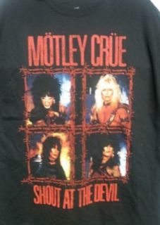 Motley Crue   Shout At The Devil Barbed Wire T Shirt Clothing