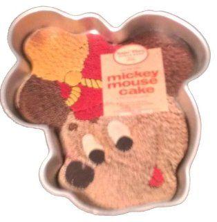 Wilton Mickey Mouse Bandleader Hail the King Cake Pan 515 302 Kitchen & Dining