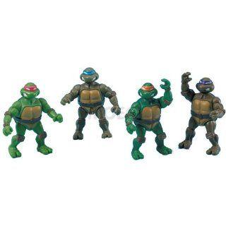 4 Teenage Mutant Ninja Turtles Miniature Figures (Raphael, Michelangelo, Donatello, Leonardo) Toys & Games