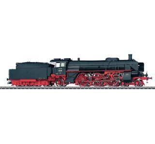 Marklin German State Railroad Company Express HO scale Locomotive with a Tender Toys & Games