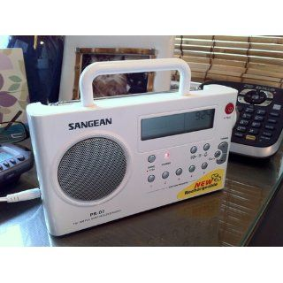 Sangean PR D7 BK AM/FM Digital Rechargeable Portable Radio   Black Electronics