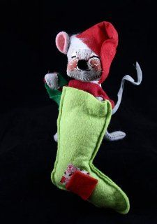 "7"" 1971 Annalee Christmas Mouse with Stocking Toys & Games"