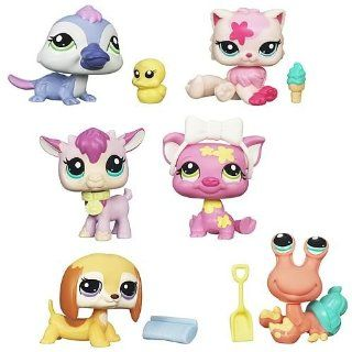 Littlest Pet Shop Get The Pets 2012 Wave 1 Set: Toys & Games
