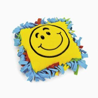 Fleece Smile Face Tied Pillow Craft Kit (makes 6): Toys & Games