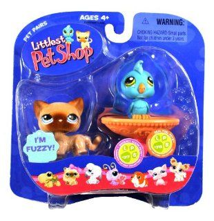 "Hasbro Year 2006 Littlest Pet Shop Pet Pairs ""Squeaky Clean Pet"" and ""Real Feel Pets"" Series Bobble Head Pet Figure Set   Fuzzy Brown Siamese Kitty Cat (#318) and Blue Cockatoo Bird (#317) with Bird Bath Fountain (63022): Toys & Gam"