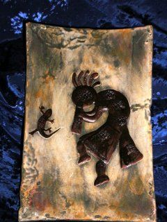 ANASAZI ANCIENT ONES NATIVE AMERICAN INDIAN KOKOPELI TRICKSTER PETROGLYPH PRIMITIVE DECOR TRAY PLAQUE, Ancient Pueblo Anastazi Kokopelli Flute Player Magic Spirit with Wise Lizard Medicine Totem Vision Relic Gallery Style Decorative Pottery  Home Decor Pr