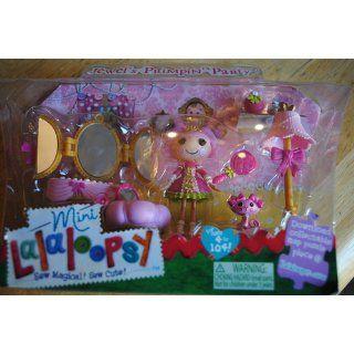 Mini Lalaloopsy Playset   Jewels Primpin' Party: Toys & Games