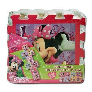 Features Disney'S Minnie Mouse And Daisy Duck   Disney Minnie Mouse Bow tique Soft Foam Hopscotch Play Mat: Toys & Games