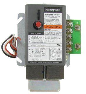Honeywell R8184M1051 Relay Oil Burner Control 45 Sec