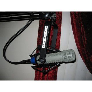 Electro Voice RE 20 Cardioid Microphone: Musical Instruments
