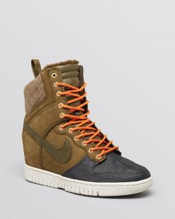 Nike High Top Sneakers   Women's Dunk Sky Hi Sneakerboot