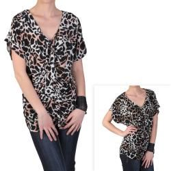Journee Collection Womens Contemporary Plus Ruched Animal Print Top
