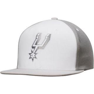 San Antonio Spurs Mitchell & Ness Current Logo White Wall Snapback Adjustable Hat   White